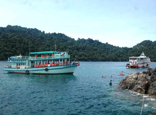 4 Islands Boat at National Park